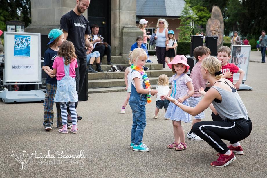 Motionhouse dance workshop | Jephson Gardens