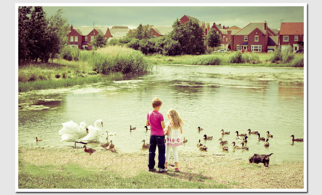 Family-Photography-Children-by-Lake