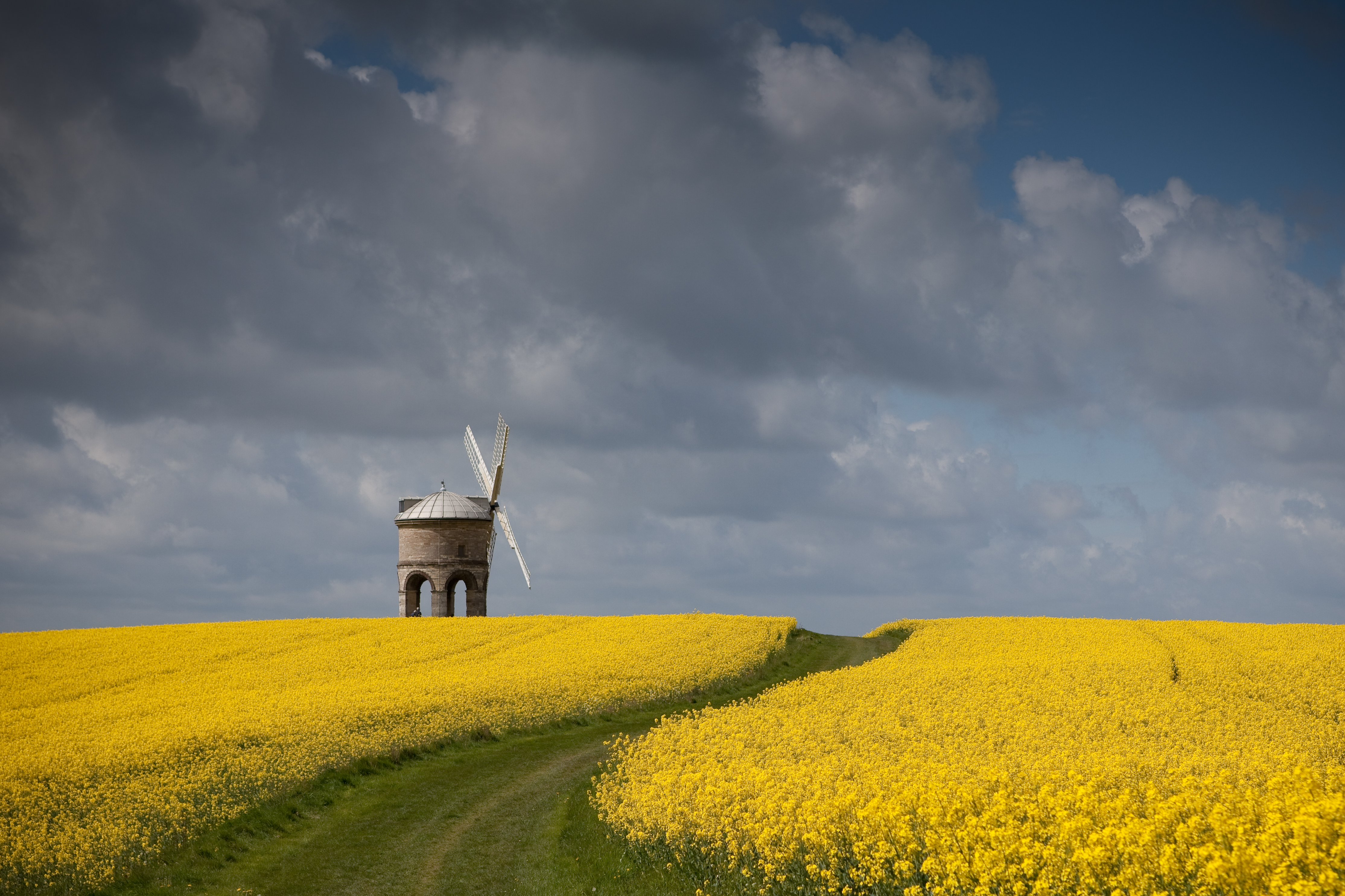 Beginners photography course image   Chesterton Windmill