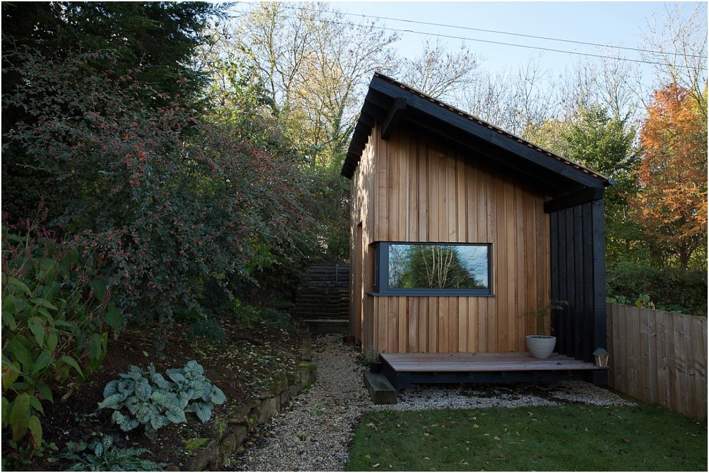 Modern garden office | House photography in Warwickshire | Linda Scannell