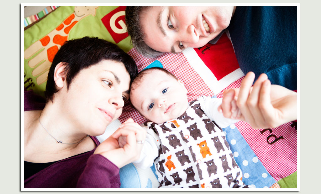baby-photography-with-mum-and-dad
