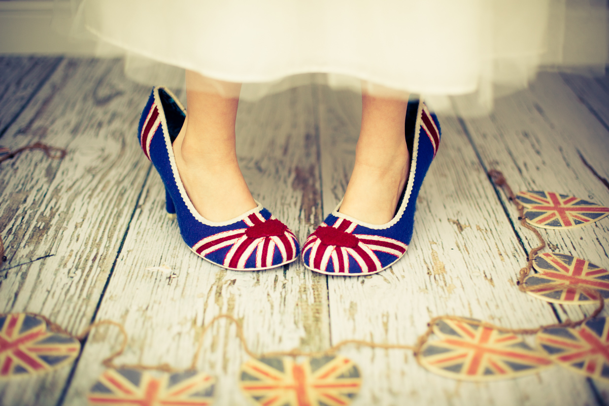 Union-Jack-shoes