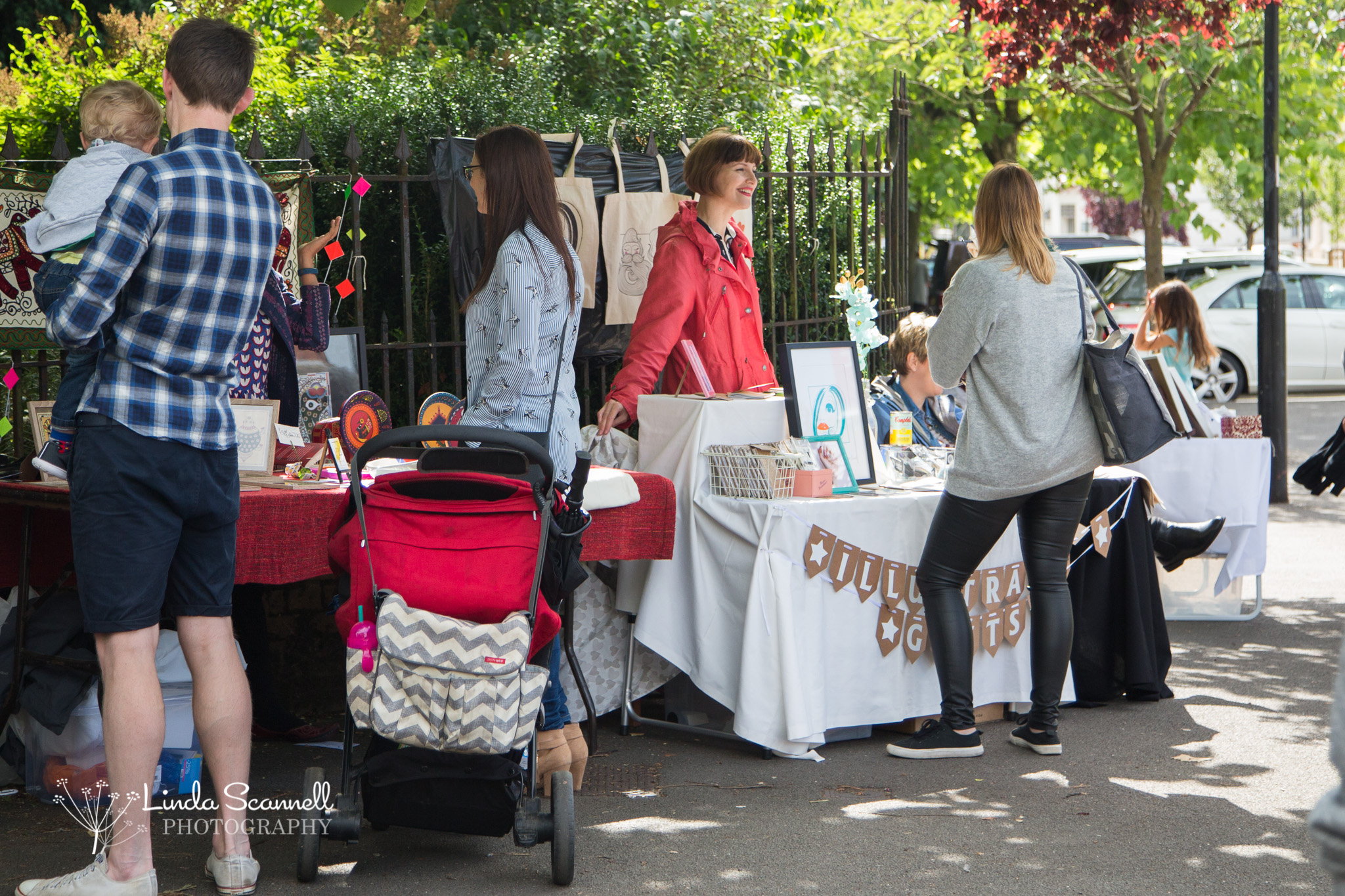 Artist stallholders outside the Jephson Gardens, Art in the Park 2017